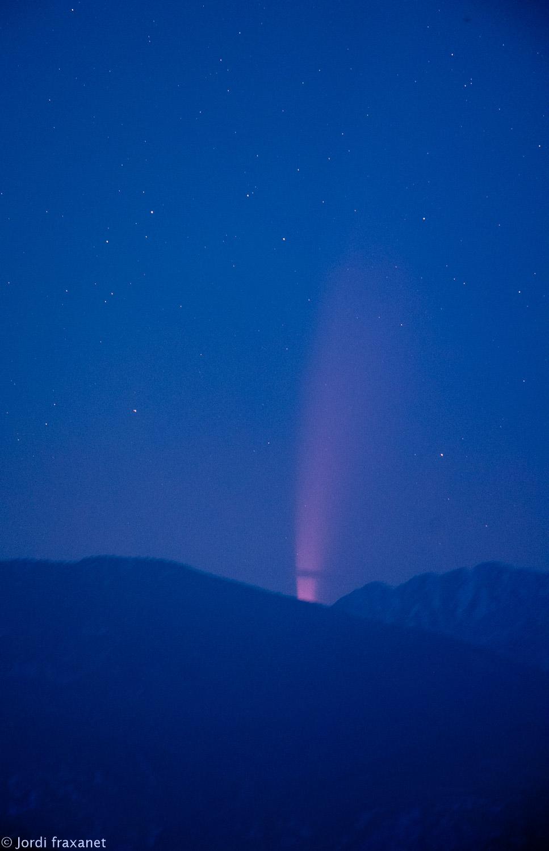 Cometa C/2020 F3 NEOWISE con telescopio cuando aparecía por el horizonte el 11/07/20